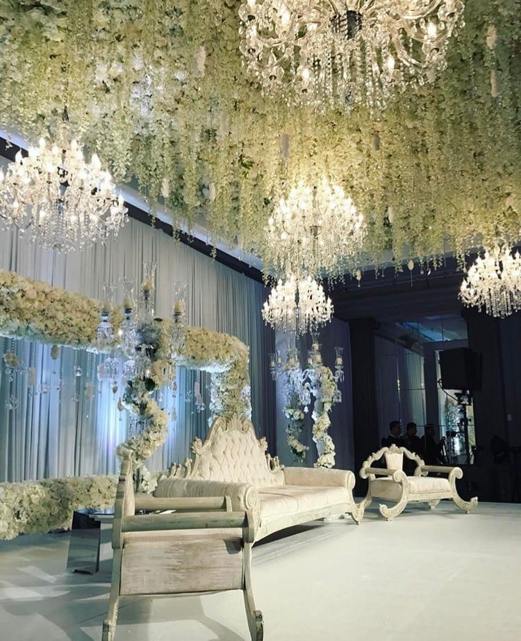 Chandelier Rental Wedding 2