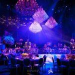 Beleuchtung und Dekoration von Hochzeit durch Kristall Kronleuchter Mieten